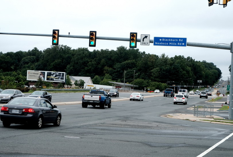 Neabsco Mills Road widening